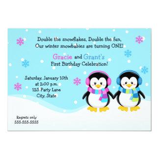 Le pingouin jumelle l'invitation d'anniversaire, carton d'invitation  12,7 cm x 17,78 cm