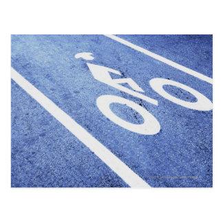 Le plan rapproché d'une bicyclette se connectent cartes postales