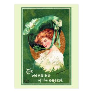 Le port de la carte postale vintage verte