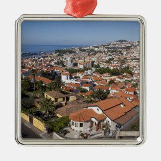 Le Portugal, île de la Madère, Funchal. Ornement Carré Argenté