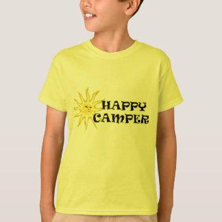 Le profondément satisfait de soleil badine le t-shirt