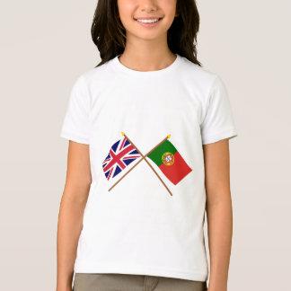 Le R-U et les drapeaux croisés par Portugal T-shirt