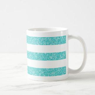 Le regard de scintillement d'étincelle barre la mug