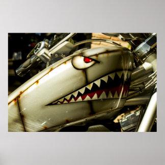 Le requin. Réservoir de gaz peint par coutume de H Poster