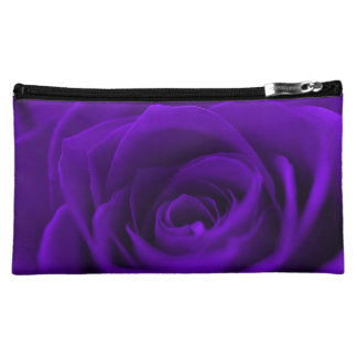 Le rose riche de pourpre floral composent le sac