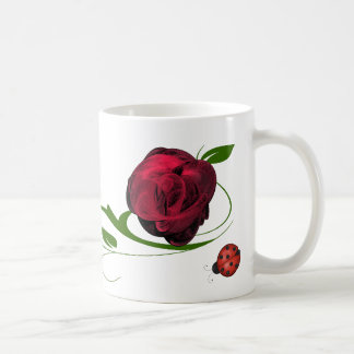 Le rose rouge et le café de coccinelles/thé attaqu tasse à café