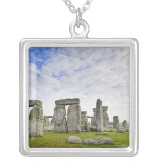 Le Royaume-Uni, Stonehenge Collier