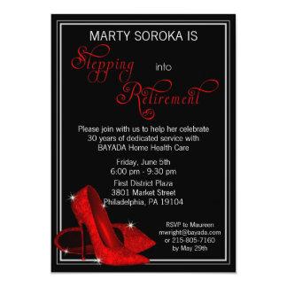 Le scintillement rouge chausse l'invitation de carton d'invitation  12,7 cm x 17,78 cm