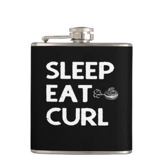 Le sommeil mangent le flacon de boucle