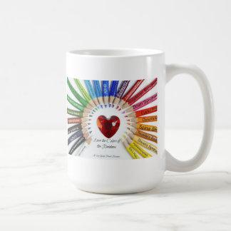 Le Special a besoin d'amour la tasse de couleurs