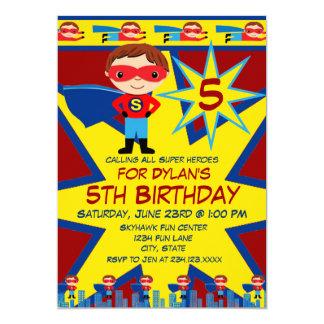 Le super héros badine le rouge d'invitation de carton d'invitation  12,7 cm x 17,78 cm