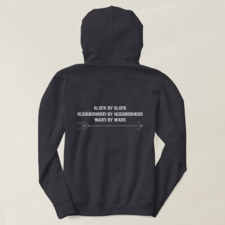 Le sweat - shirt à capuche des femmes en avant de