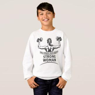 Le sweatshirt du garçon fort de femme