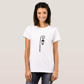 Le t des femmes de lampadaire d'université de t-shirt