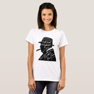 Le T-shirt de base des femmes de Churchill