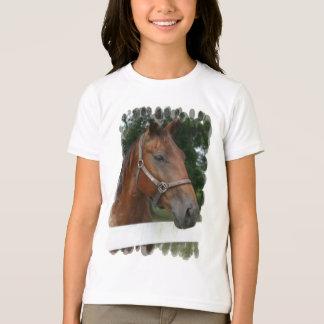 Le T-shirt de cheval de la fille quarte de photo
