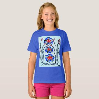 """Le T-shirt de filles """"d'étoile triple"""" par Neil"""