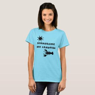 """Le T-shirt de la femme de """"été et d'écrevisses"""""""