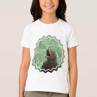 Le T-shirt de la fille bavarde d'otarie