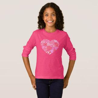 Le T-shirt de la fille de coeur de Valentine