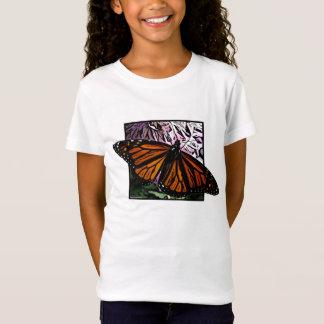 Le T-shirt de la fille de papillon de monarque