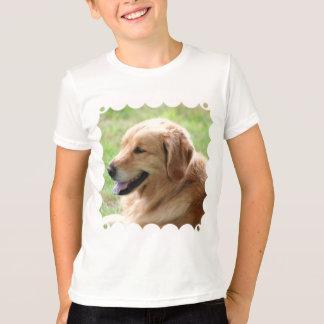 Le T-shirt de l'enfant de chiot de golden