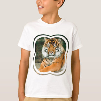 Le T-shirt de l'enfant orange de tigre