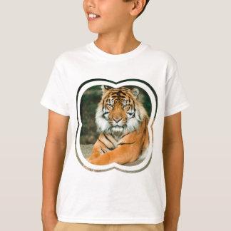Le T-shirt de l'enfant orange de tigre