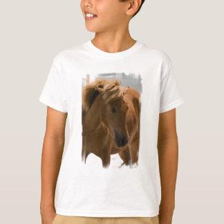 Le T-shirt des enfants de conception de cheval de