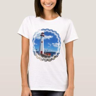 Le T-shirt des femmes d'art de phare