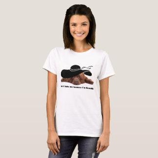 Le T-shirt des femmes de chien de Terre-Neuve