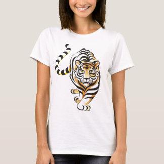 Le T-shirt des femmes de marche de tigre de bande