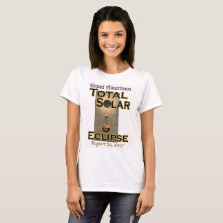 Le T-shirt des femmes d'éclipse