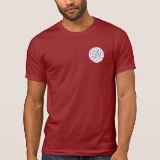 Le T-shirt des hommes avec la crête