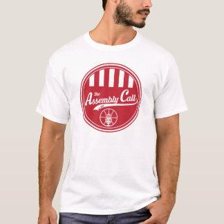 Le T-shirt des hommes avec le logo d'appel