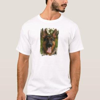 Le T-shirt des hommes de berger allemand