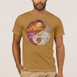 Le T-shirt des hommes de Yin Yang de brique