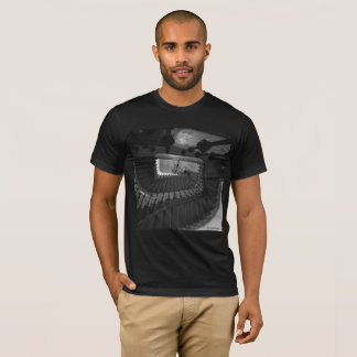 Le T-shirt des hommes, noir : Escalier à Hambourg