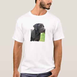 Le T-shirt des hommes noirs de labrador retriever