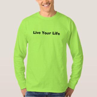 Le T-shirt d'hommes verts de sécurité vivent votre