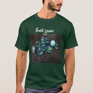 Le T-shirt écrit par extrémité