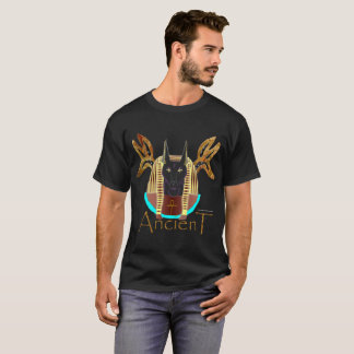 Le T-shirt foncé des hommes antiques d'Anubis