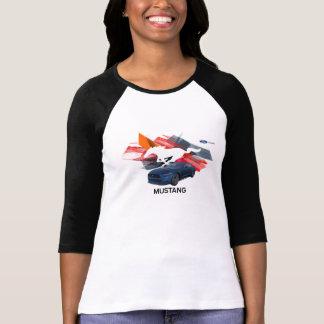 Le T-shirt raglan des femmes d'adaptateur de