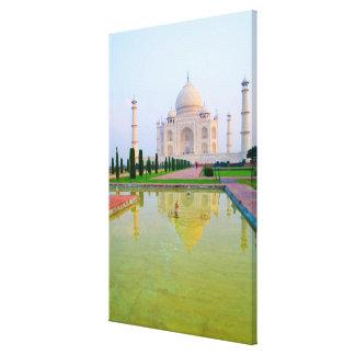 Le Taj Mahal de renommée mondiale paisible Toiles
