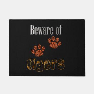 Le tapis de porte prennent garde des tigres