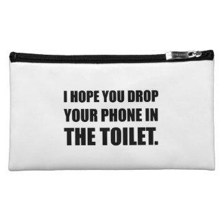 Le téléphone tombe dans la toilette nécessaires pour