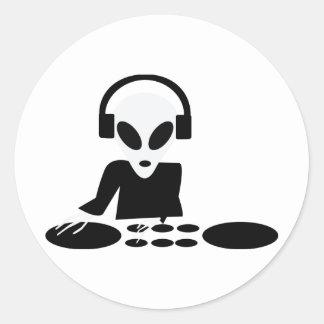 le tour étranger noir ajourne l'icône du DJ Sticker Rond