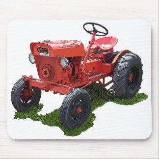 Le tracteur d'économie tapis de souris