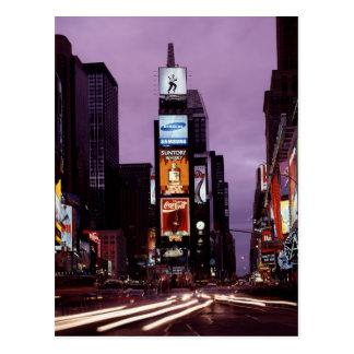 Le trafic carré de New York Times la nuit Cartes Postales