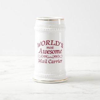 Le transporteur de courrier le plus impressionnant chope à bière